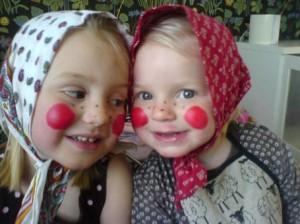 Påskkärringar, två söta barn barometern.se